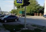 Пешеходный переход с новыми светофорами на перекрестке Куйбышева-Краскома