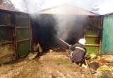 На ул. Кутузова горел гараж