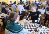99 шахматистов из 8 районов играли в шахматы в честь памяти директора школы №4 Марусова Б.И.